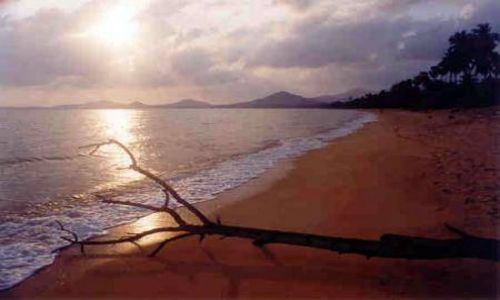 Zdjecie TAJLANDIA / Ko Samui / Ko Samui / Samotna plaża