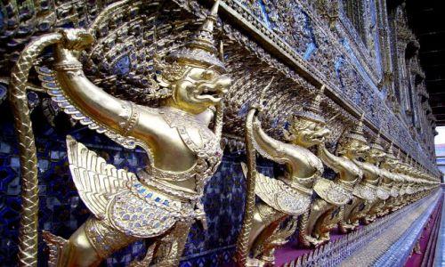 Zdjecie TAJLANDIA / Bangkok / zespół świątynny / zdobnictwo świątyni Szmaragdowego Buddy
