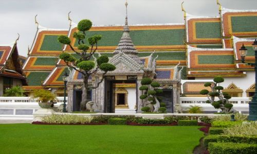 Zdjecie TAJLANDIA / Bangkok / zespól Pałacowo-świątynny / świątynia przy Pałacu Królewskim