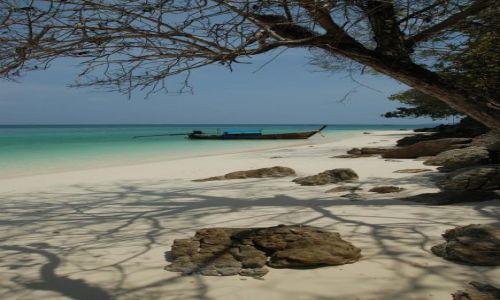 Zdjecie TAJLANDIA / okolice Ko Phi Phi / Bamboo island / łódka