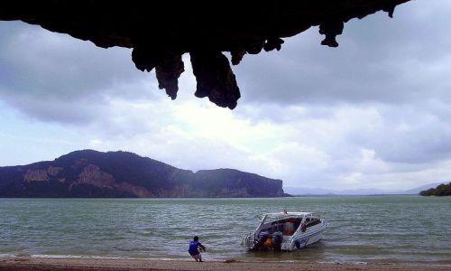 Zdjecie TAJLANDIA / południowa Tajlandia / wyspa Jamesa Bonda / postój przy wyspie Jamesa Bonda