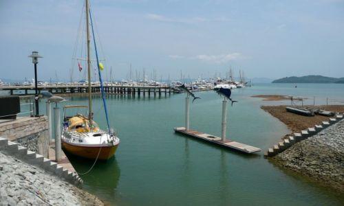 Zdjęcie TAJLANDIA / Phuket / Marina Ao Po / Niska woda w marinie
