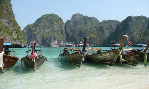 Zdjecie TAJLANDIA / Koh Phi Phi Le / Mava Bay / Water taxi 1