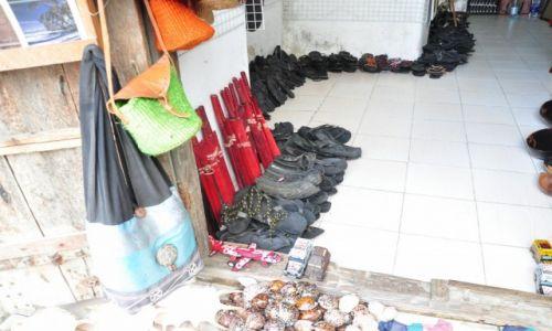 Zdjecie TAJWAN / Zanzibar / Stone Town / Nie ma to jak buty z zużytych opon...