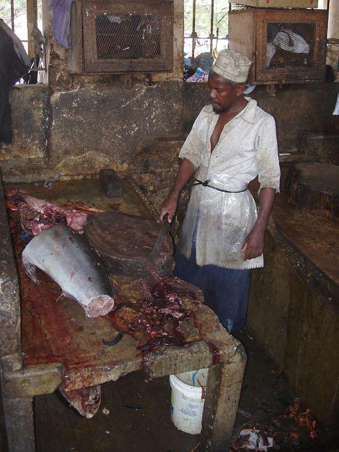 Zdjęcia: Stone Town - targ rybny, Zanzibar, Krwawa jatka, TANZANIA