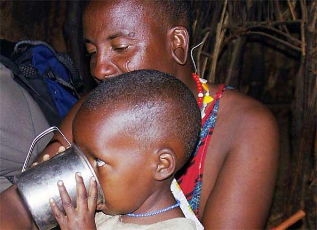 Zdjęcia: Longido, mały masaj, TANZANIA