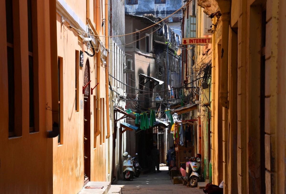 Zdjęcia: Stone Town, wybrzeże zachodnie, Zanzibar, Uliczka w Stone Town, TANZANIA