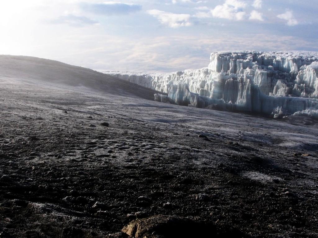 Zdjęcia: wierzchołek Uhuru 5895 m., masyw Kilimandżaro, na szczycie, TANZANIA