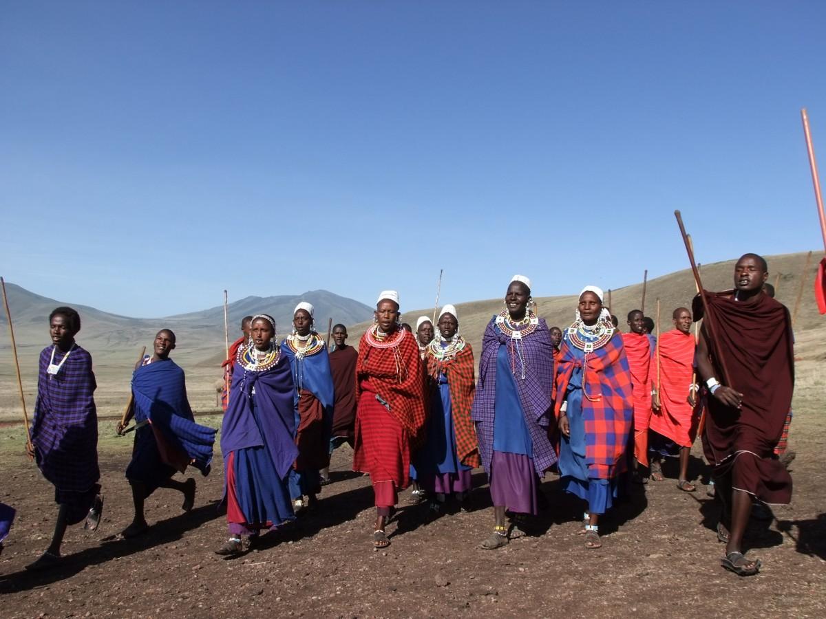 Zdjęcia: Park Ngorongoro, Afryka Środkowa, Taniec Masajów, TANZANIA