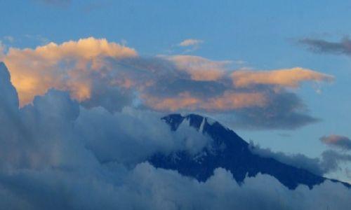 Zdjęcie TANZANIA / - / Moshi / Kilimanjaro o zachodzie