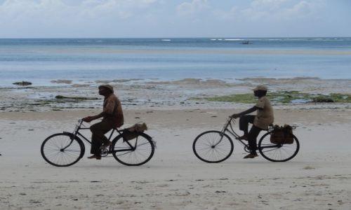TANZANIA / Zanzibar / Kiwengwa / Po rannym połowie