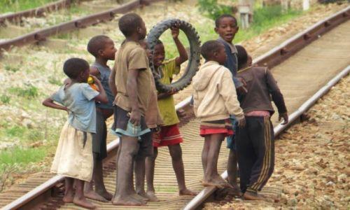 Zdjęcie TANZANIA / droga z Lusaki do Dar es Salaam / Tazara train / Tazara train-podróż pełna wrażeń