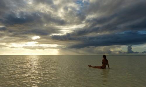 TANZANIA / Zanzibar / Jambiani / Poranna Joga