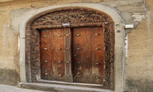 Zdjecie TANZANIA / Zanzibar / Stone Town / Zanzibar - drzw