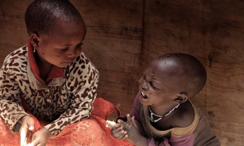 Zdjecie TANZANIA / Serengetti National Park / Masai Village / Dzieci Masajów