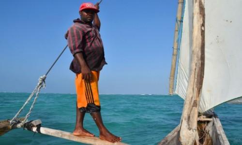 Zdjecie TANZANIA / Zanzibar / wschodnie wybrzeże / Płynąc ngalawą