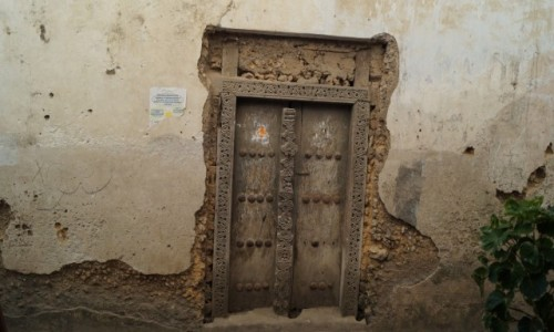 Zdjecie TANZANIA / Zanzibar / Stone Town / Drzwi - pamiętają Livingstone'a