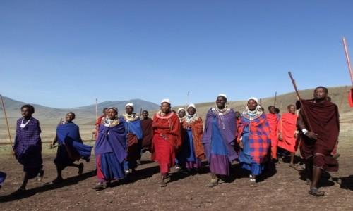 TANZANIA / Afryka Środkowa / Park Ngorongoro / Taniec Masajów