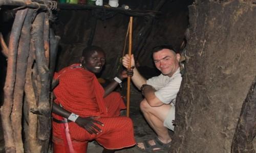 Zdjecie TANZANIA / Afryka Środkowa / Park Ngorongoro / W chacie Masajów