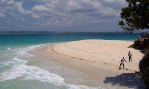 TANZANIA / Zanzibar / Wyspa Skazańców / boisko
