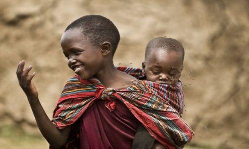 Zdjecie TANZANIA / Ngorongoro / Ngorongoro / Dzieci w masajs