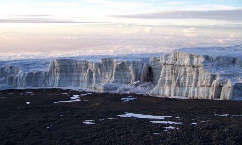 Zdjecie TANZANIA / brak / Kilimanjaro / lodowiec na dachu Afryki