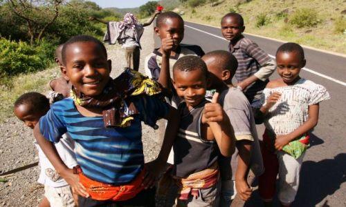 Zdjęcie TANZANIA / Manyara / Mto Wa Mbu / Karibu mzungu!!