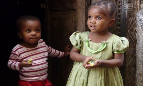 Zdjecie TANZANIA / zanzibar / tanzania / dzieciaki