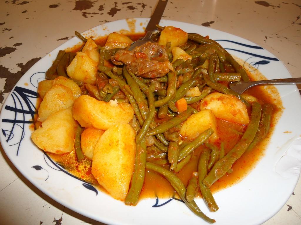 Zdjęcia: Cinkasse, Region Savanes, W miarę zjadliwa potrawa, TOGO
