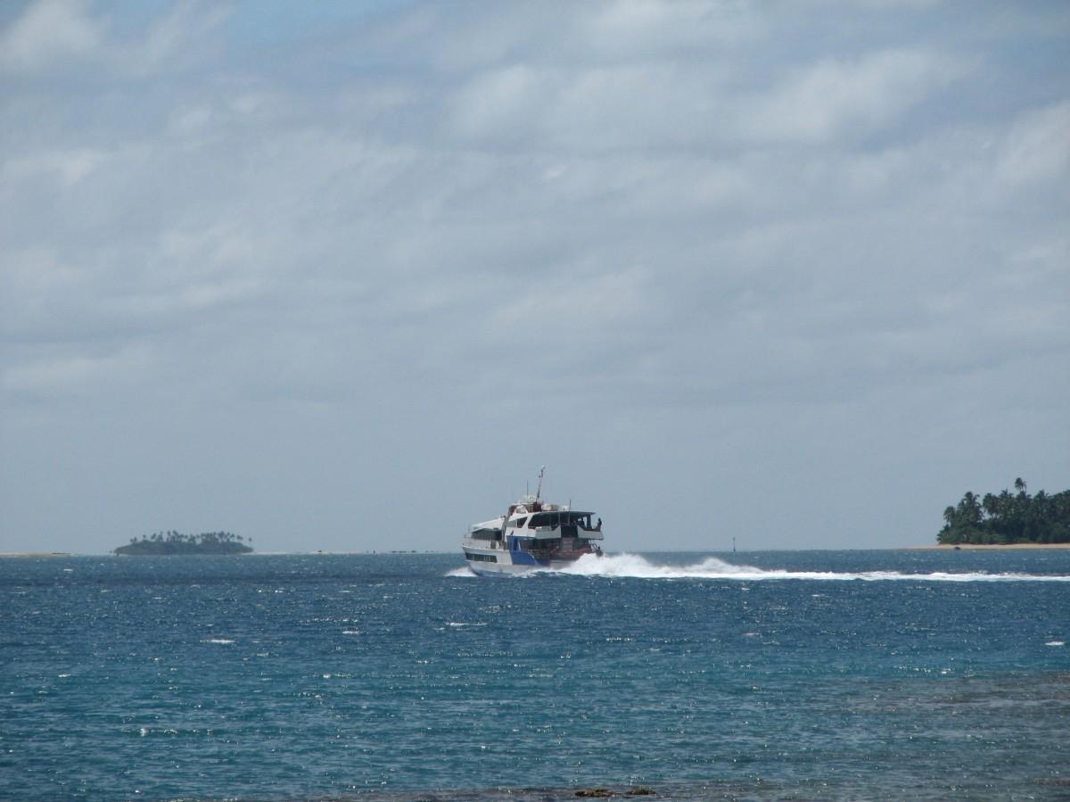 """Zdjęcia: NUKU""""ALOFA, Tonaga Tapu, z wyspy na wyspę, TONGA"""