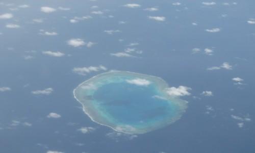 Zdjecie TONGA / ocean / z samolotu / atol