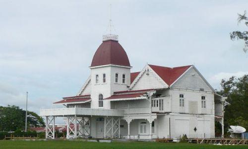 Zdjęcie TONGA / Tongatapu / Nuku'alofa / Pałac Królowej Matki
