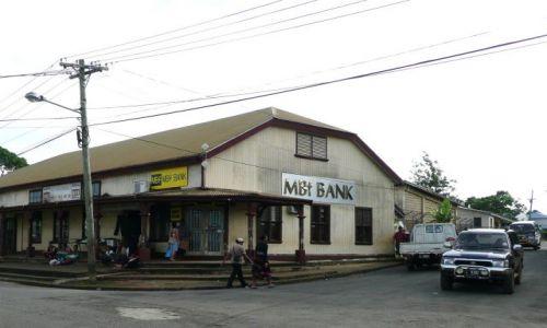 Zdjęcie TONGA / Neiafu / Centrum miasta / Bank