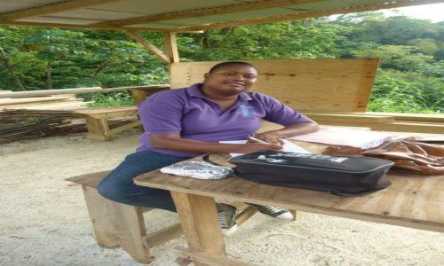 Zdjęcie TRYNIDAD I TOBAGO / Tobago / Roxborough / Reklama I
