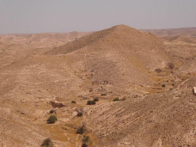 Zdjęcia: Gebes, Pd. Tunezja, Surowe okolice Gebes ..., TUNEZJA