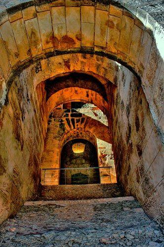 Zdj�cia: Koloseum, El Jem  ma�e, obecnie nieco senne miasteczko pomi�dzy Monastirem a Sfax., Koloseum w El Jem, TUNEZJA