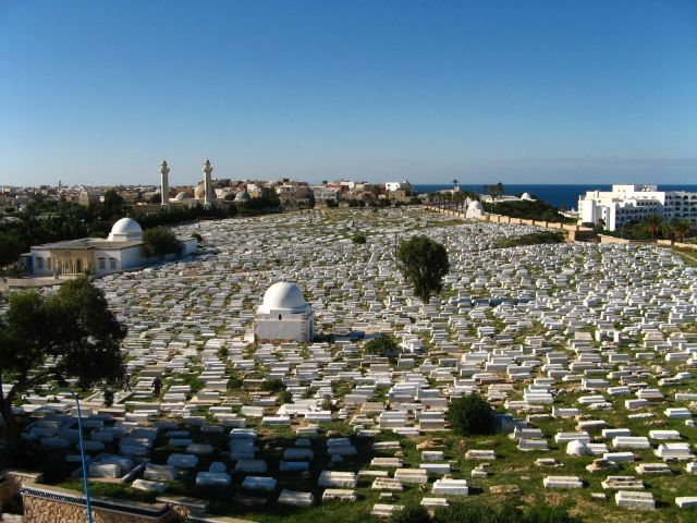 Zdjęcia: Monastir, Monastir widok na cmentarz, TUNEZJA