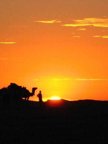 Zdjęcia: Zachód słońca na pustynii, Zachód słońca, TUNEZJA