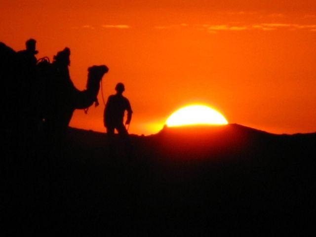Zdjęcia: Pustynia, Zachód słońca, TUNEZJA