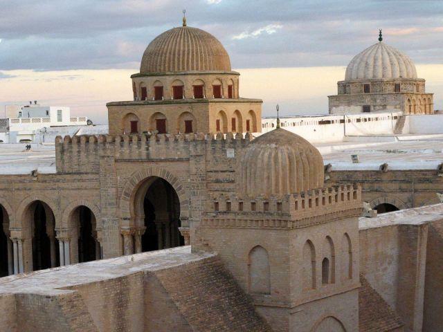 Zdjęcia: Wielki Meczet, zwany również Meczetem Sidi Okba, Kairuan, TUNEZJA