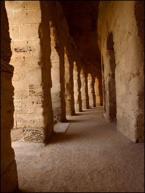 Zdjęcia: Koloseum, El Jem, jest prosto, TUNEZJA