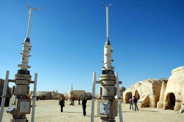Zdj�cia: gdzie� pod granic� algierska, scenografia Gwiezdnych Wojen 1, TUNEZJA