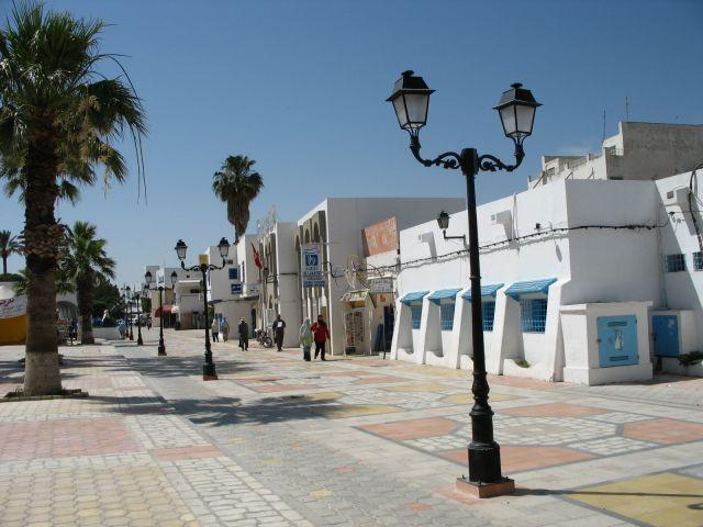 Zdjęcia: Kairouan, środkowa Tunezja, tunezyjskie ulice, TUNEZJA