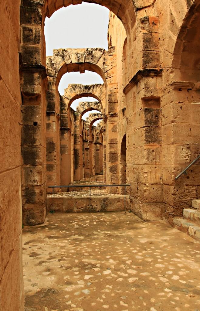 Zdjęcia: El Jem, Koloseum jako perła wśród tunezyjskich zabytków-3, TUNEZJA