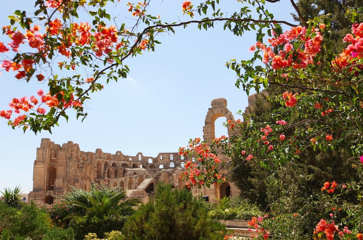 Zdjęcia: El Jem, Sahel Tunezyjski, Widok na amfiteatr, TUNEZJA