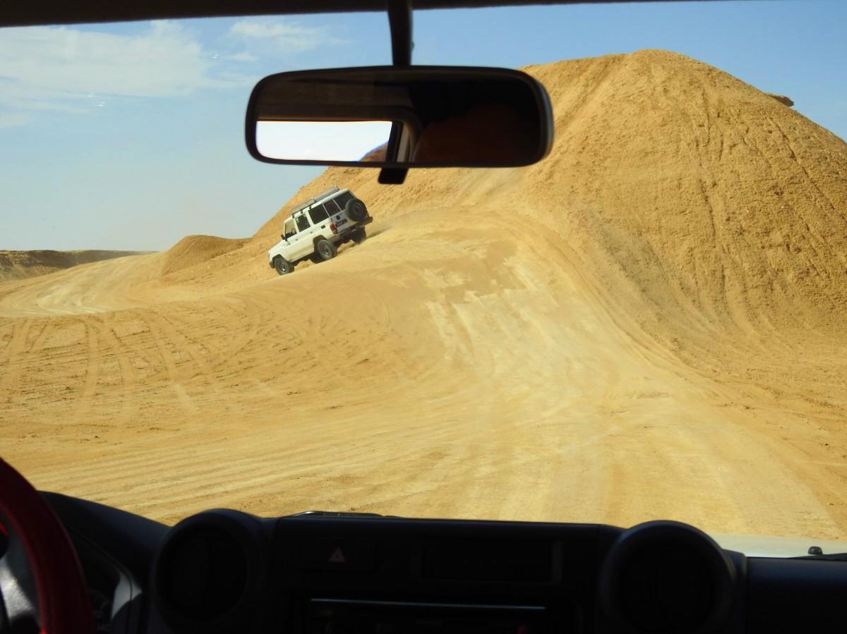 Zdjęcia: pustynia, Tozeur, Na szlaku rajdu Paryż - Dakar, TUNEZJA