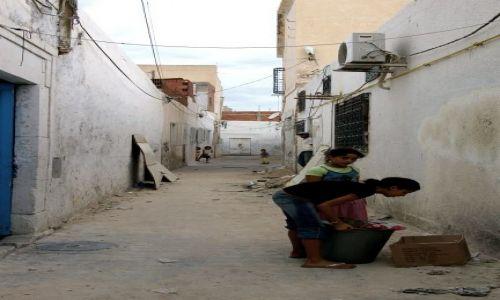 Zdjecie TUNEZJA / - / Monastyr / Ulice Monastyru