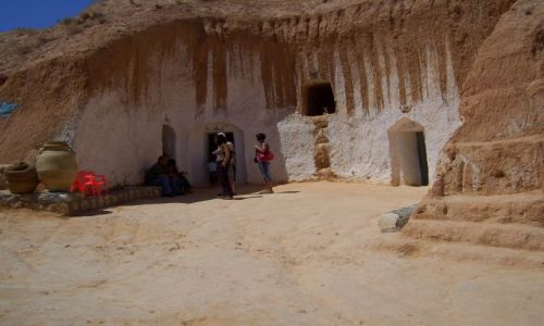Zdjecie TUNEZJA / Matmata / oczywiście że berberyjska i berberowie tam mieszkają:) / M4:)