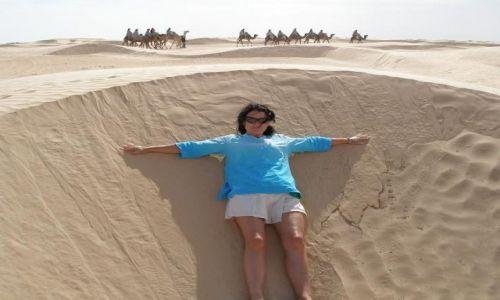 Zdjęcie TUNEZJA / Douz / Sahara / Na Saharze