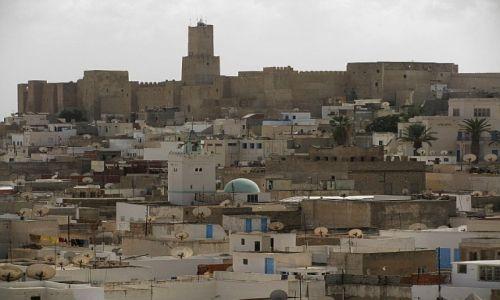 Zdjęcie TUNEZJA / . / Susa / widok na miasto